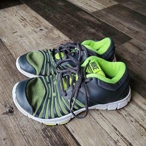 Nike shoes 4.5Y